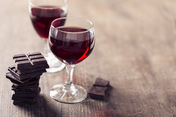 Heart-healthy benefits of red wine, dark chocolate | Edward-Elmhurst Health