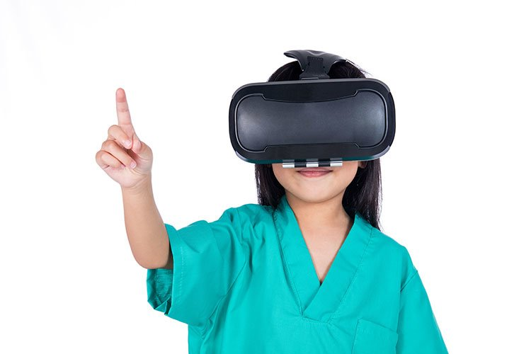 vr-goggles-girl