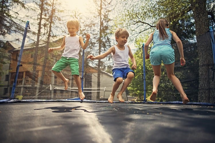 What you should know about trampolines and bounce houses ...